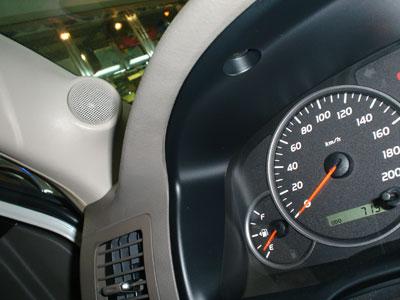 丰田普拉多音响改装技术 汽车隔音改装 汽车音响品牌及汽高清图片